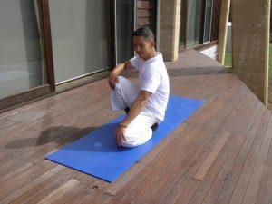 Spleen Stretch